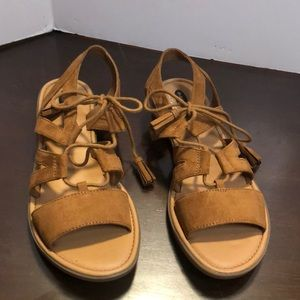 Dr Scholls sz 8 flat brown sandals worn few times